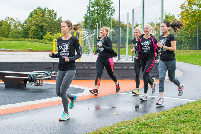 Ninjas running