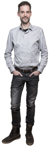 Jonas Beckeman full body image