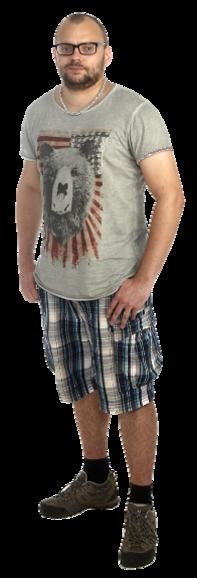 Kristoffer Lind full body image