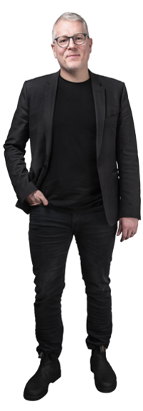 Pontus Lögdahl full body image